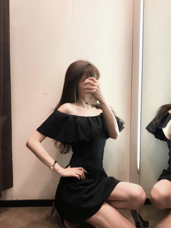 Zara新款惊艳的黑色系法式裙子穿搭