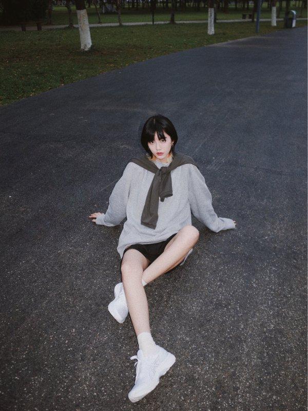 跟黛安娜王妃學穿衣ASICS 秋冬新款跑步鞋