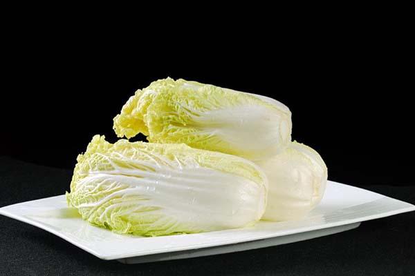 水煮大白菜减肥法怎么做 经济又健康的减肥瘦身食谱