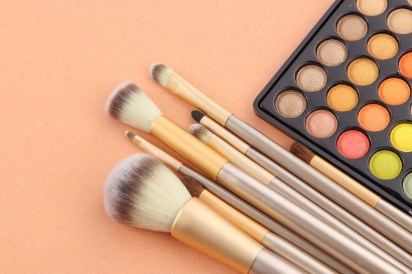 晕染刷和眼影刷的区分讲解 如何让妆容愈加精致