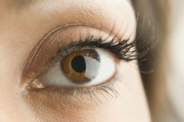 眼皮天然变薄的方法 有哪些小技巧呢