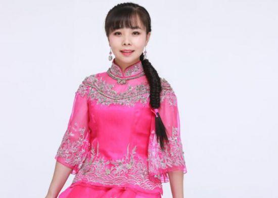 王二妮结过几次婚