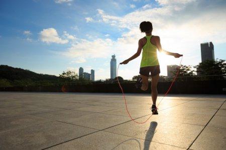 懒人快速瘦腿方法 这5个动作 真的能瘦腿
