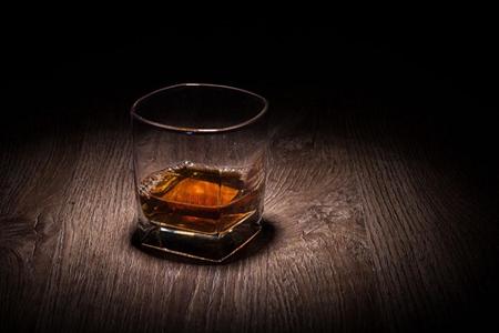 喝酒后胃难受怎么办?