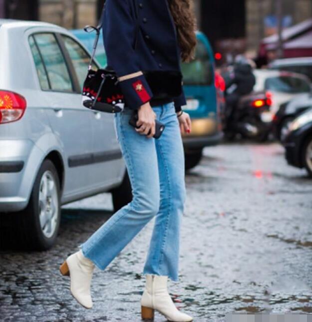 牛仔裤 台灯靴