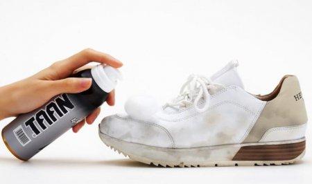 运动鞋是大家一年四季都能拿来搭配的鞋子 运动鞋怎么清洗比较好?