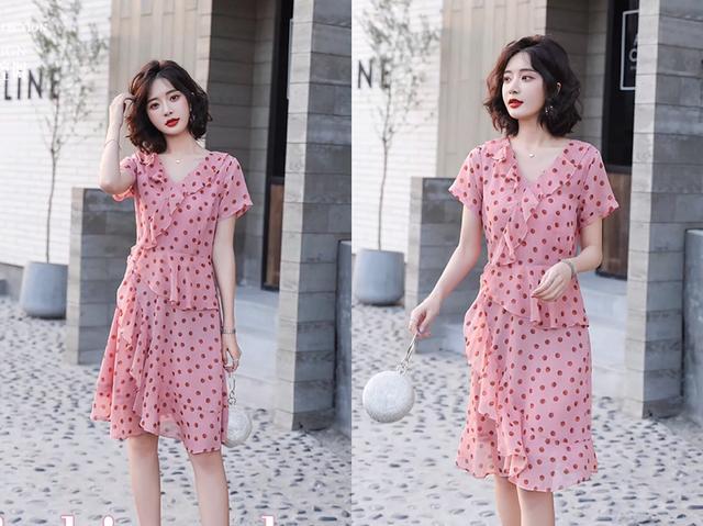 夏季别总是穿短裙了今年流行的初恋连衣裙