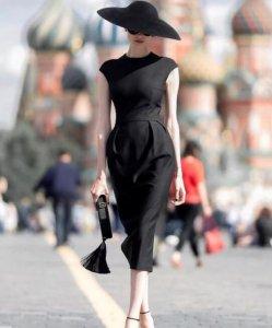 人人都爱浪漫 怎么穿出法式浪漫风格穿搭?