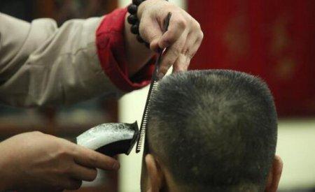 对于头发比较直且发质比较硬的男生来说 男生头发硬适合剪什么发型