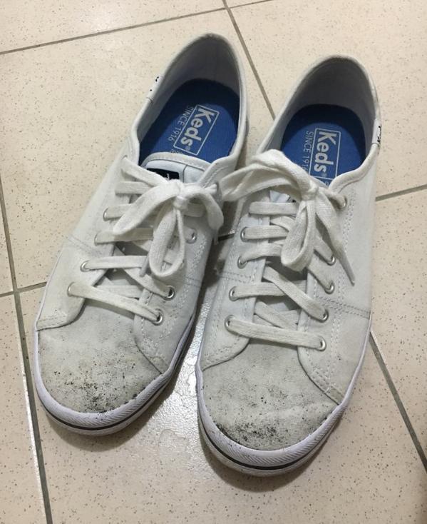 脏污 帆布鞋