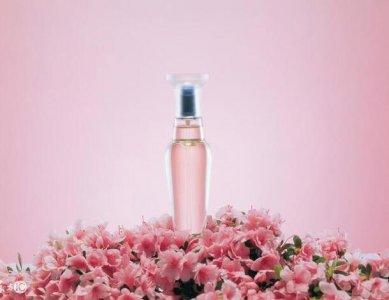香水在最近两年越来越大众化 女士香水什么品牌好用好闻