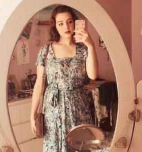 复古是一个一直盘旋在时尚圈的一个词 女式复古服装图片大全