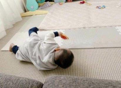苍井空晒孩子照片 直言很享受做妈妈的感觉
