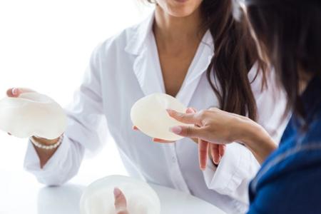 假体隆胸的危害和后遗症