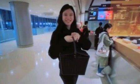 奚梦瑶提菜篮包 尽显满满的豪门贵妇范儿