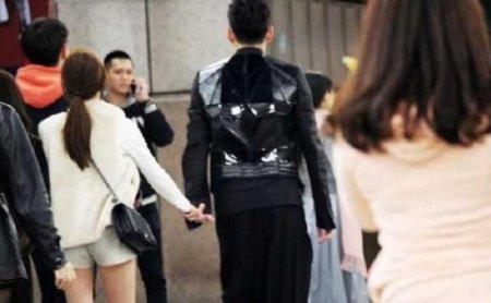 王大陆恋情曝光 跨年夜与女生牵手同行关系亲密