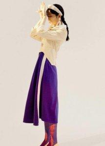 段小薇时尚大片释出 时而慵懒随性时尚态度精致诠释