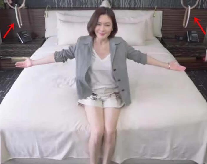 关之琳罕见展示卧室