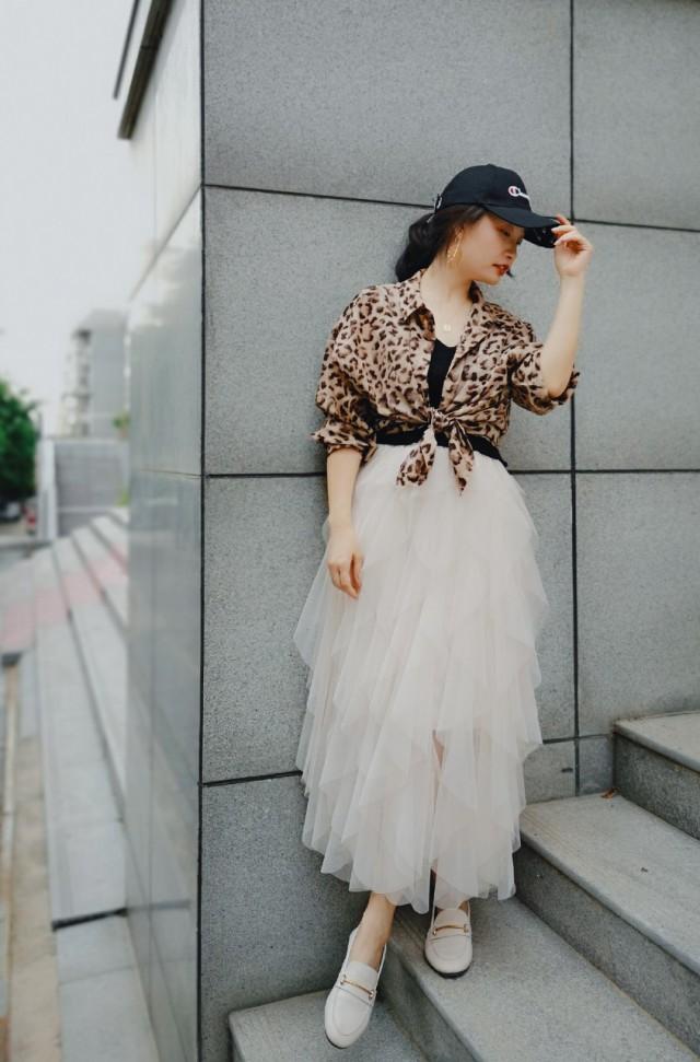 白色裙子配什么上衣好看教大家搭配高级又时髦