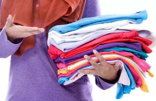 这个问题是非常生活化的问题新衣服要不要洗过再穿?