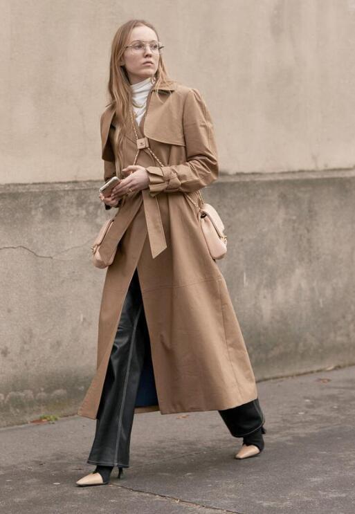 如何在预算有限的情况下穿出品味 大学女生穿什么衣服好看?