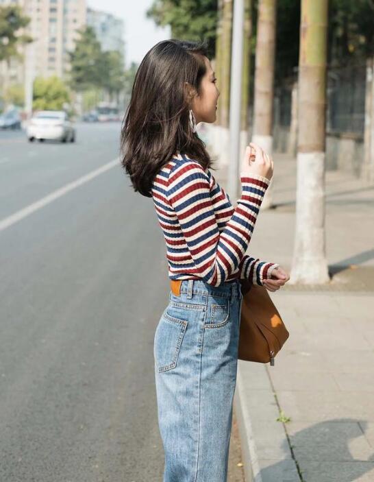 针织衫 牛仔裤