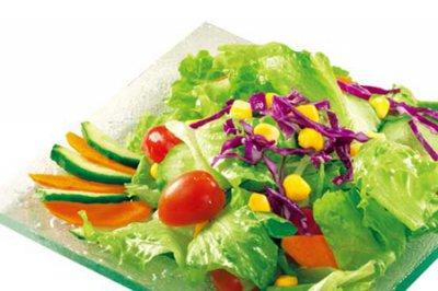 如何吃蔬菜沙拉瘦身减肥?这些瘦身小知识女生可以收藏啦!
