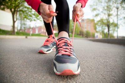 走路减肥还是跑步减肥效果好 3个走路减肥小技巧边走边瘦