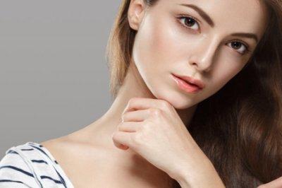 脸肿是什么原因引起的?三个女性脸部浮肿的原因