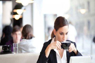 女性在职场上如何对待上级?四个方法教你职场人生道理!