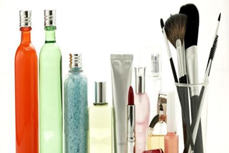 长期使用化妆品有什么危害?
