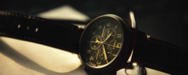 手表时间是错的怎么调正确的