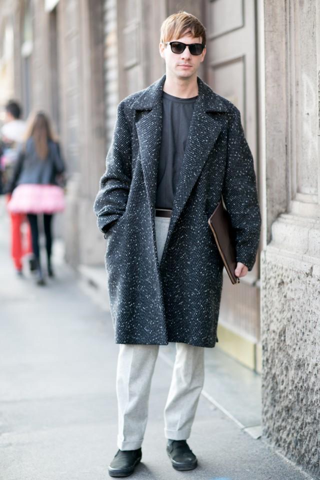 大衣怎么搭配衣服男 这样搭配舒适又帅气