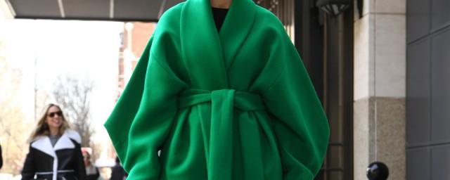 羊毛大衣怎么清洗 羊毛大衣清洗的方法