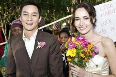 吴彦祖庆祝结婚11周年 亲密称呼妻子宝贝高颜值夫妻养眼