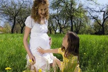 孕期每天多走走有助顺产吗?