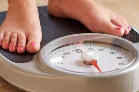 过度减肥对身体造成什么伤害?