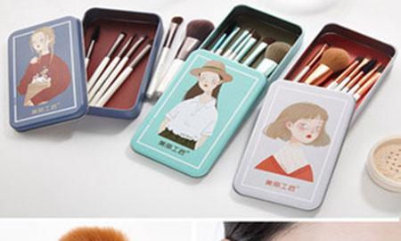 新手要怎么使用化妆刷?❓❓