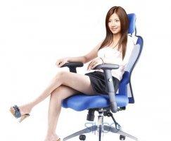 性价比最高的电脑椅 坐的舒适才能玩的愉快