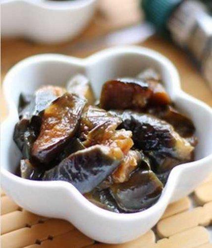 油焖茄子的做法教你做开胃不油腻的家常菜