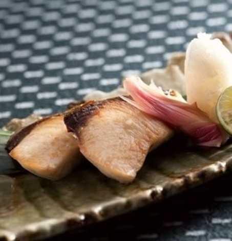 日本料理照烧鰤鱼的做法分享