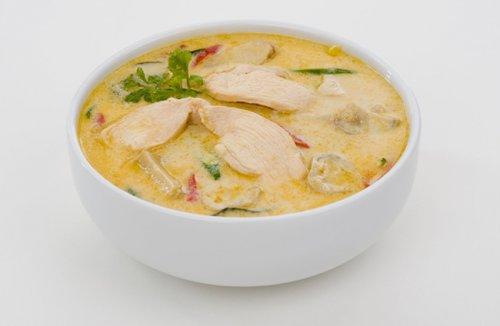 秋季不过错过的靓汤——莲子煲鸡