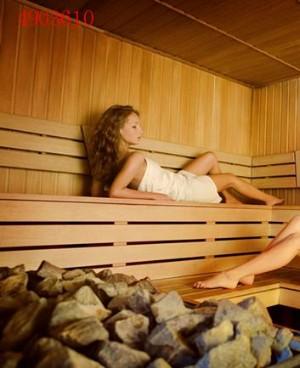 蒸桑拿可以去湿气吗 女性汗蒸的好处与弊端