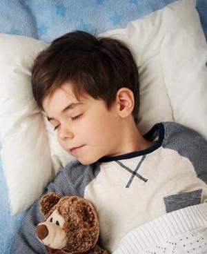 父母都要知道孩子多大分开睡好