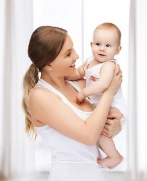 奇妙的婴儿语言带婴儿宝宝飞翔