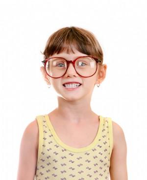 儿童弱视的治疗方法与预防措施
