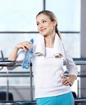 在健身房里如何减肥?坚持做好这六点瘦身也很简单