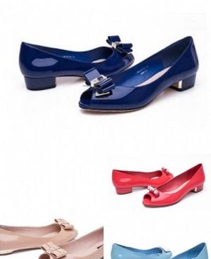 17年流行鞋子指南:浅口粗跟鱼嘴鞋