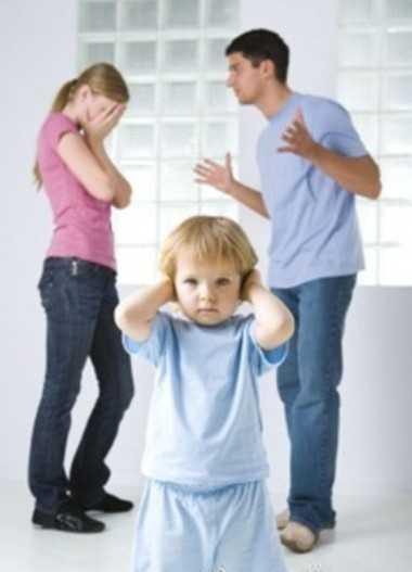 父母吵架对孩子的心理影响严重而深远