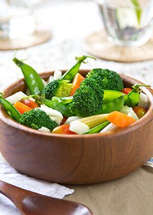 萝卜菠菜黄豆汤帮助宝宝轻松度过秋季